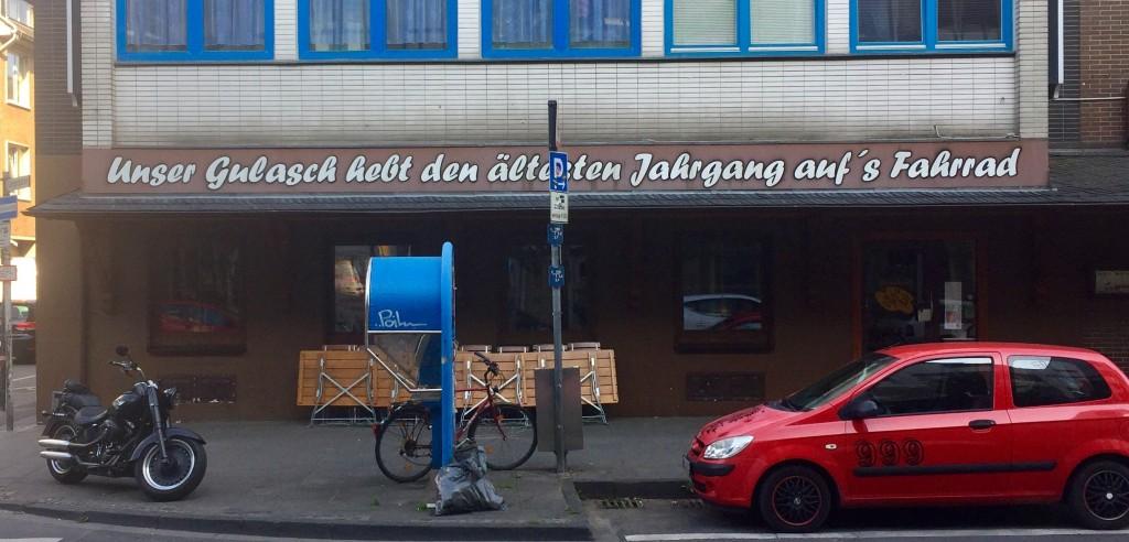 Restaurant wirbt mit poetischem Spruch für Gulasch